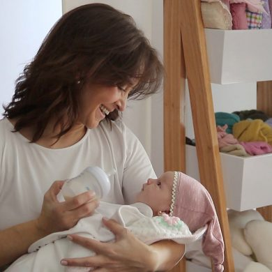 Cintia Espinoza, fotógrafa de recién nacidos