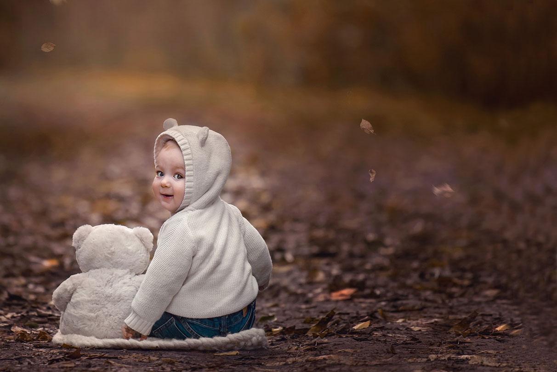 Contacto web, foto de bebe en exterior Fine Art Cintia Espinoza